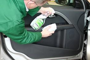 چگونگی تمیز کردن و ضدعفونی کابین خودرو + فیلم