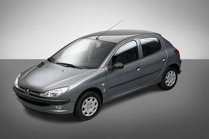 کدام خودرو رکوردار تغییر قیمت در بازار است؟