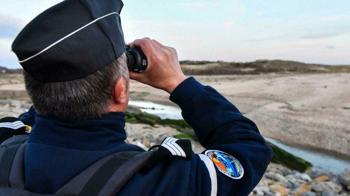 تقویت همکاری انگلیس و فرانسه درزمینه مقابله با مهاجرت غیرقانونی