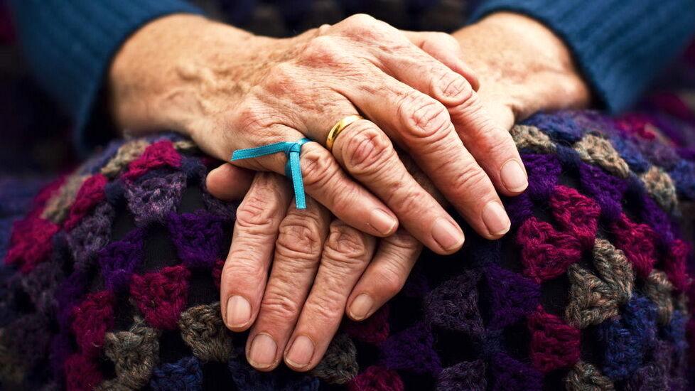 آلزایمر از چه سنی شروع میشود؟