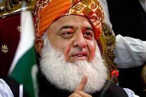 فشار جدید مخالفان به دولت پاکستان/ طالبان را باید به رسمیت بشناسید!