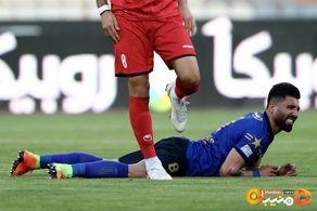 بازیکنان استقلال و پرسپولیس نقرهداغ شدند