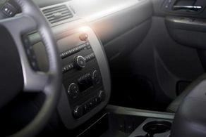 آسانترین روشها برای از بین بردن بوی بد داخل ماشین