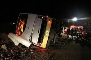 واژگونی اتوبوس در محور دامغان - شاهرود/ بیش از ۳۰نفر مصدوم شدند