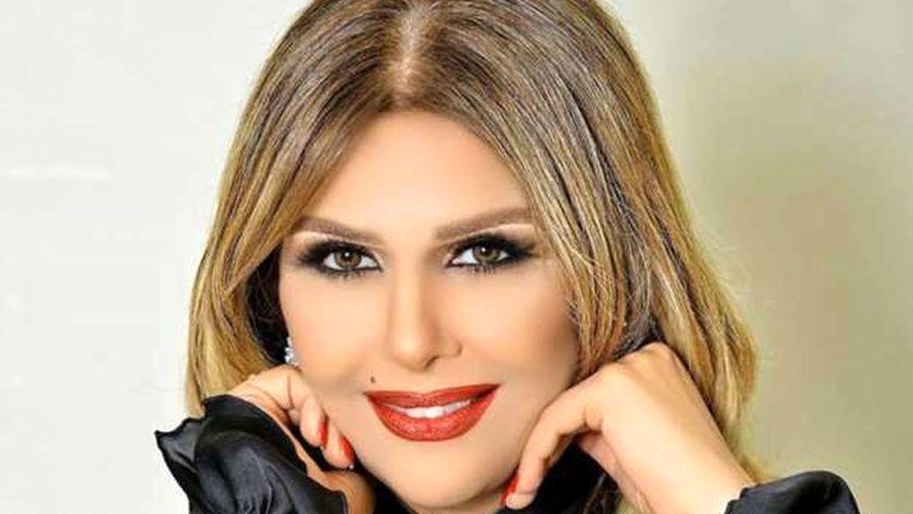 خواننده معروف هنگام اجرای زنده درگذشت+ فیلم