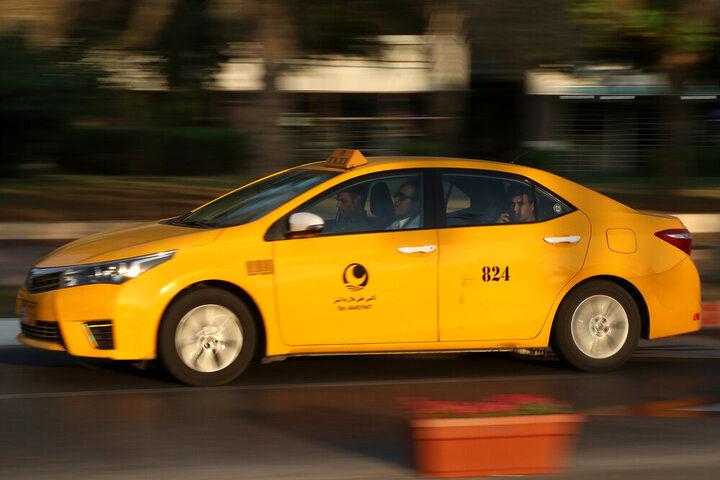 عدم تمدید پروانه تاکسی رانندگانی که واکسن نزدهاند!