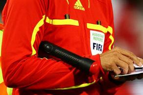 داور سریلانکایی بازی استقلال - الشرطه را سوت می زند