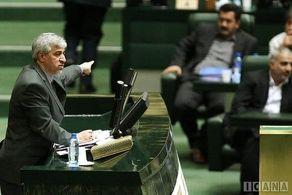 وزیر ورزش آب پاکی را روی دست استقلالیها ریخت