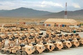 انتقاد افغان ها از انهدام تجهیزات نظامی آمریکایی در افغانستان!