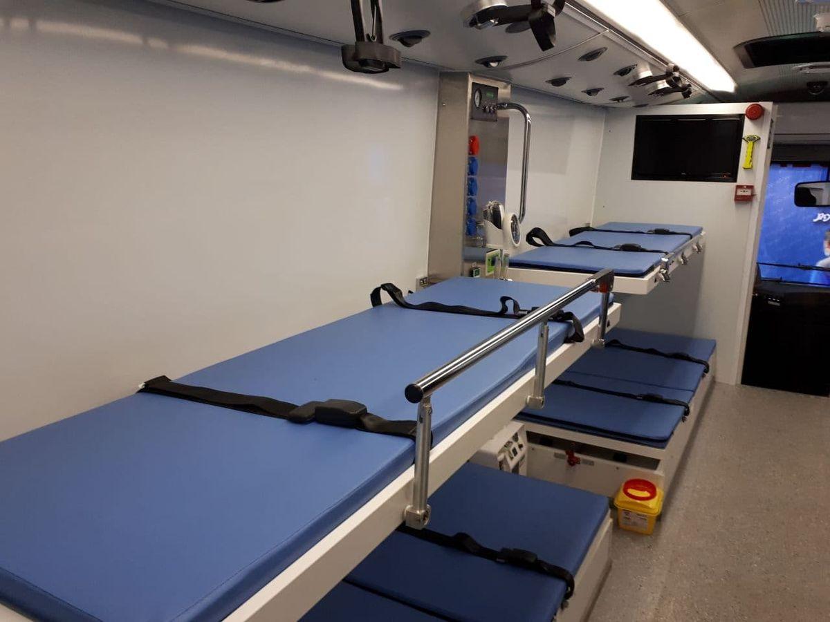 تحویل ۲۰ دستگاه اتوبوس آمبولانس به اورژانس کشور